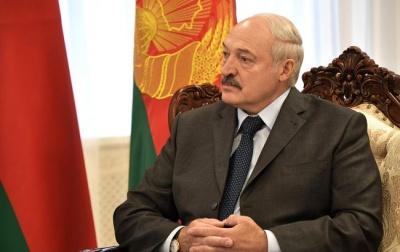 """""""Влада не для того дається, щоб її взяв і віддав"""". Лукашенко заявив, що """"нахилити його не вийде"""""""
