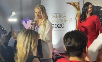 Відома волонтерка з Чернівців отримала національну премію «Жінка України»
