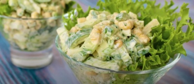 Смачний салат з кукурудзою — ситний, хоч і без м'яса