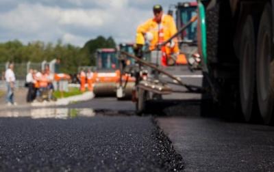 На Буковині цьогоріч відремонтують «рекордних» 20 км місцевих доріг