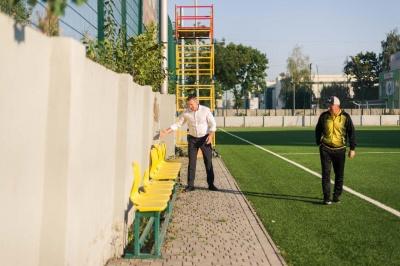 У Чернівцях нарешті здадуть в експлуатацію футбольний довгобуд – стадіон*