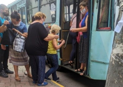 У Чернівцях відновлять пільговий проїзд у тролейбусах: стало відомо, коли