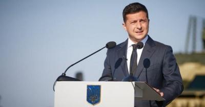 Більше половини українців не задоволені роботою Зеленського - соцопитування