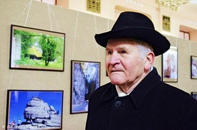 Пішов з життя відомий письменник з Буковини Мірча Лютик