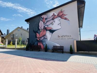 """Шукаєте будинок своєї мрії на околиці Чернівців? Котеджне містечко """"Albertina"""" – саме те місце, де ви будете щасливими!*"""