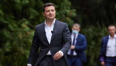 Не ховатися, не жалітися на когось: Зеленський звернувся до українців