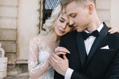 """""""Він захотів пожити окремо"""": відома співачка з Чернівців розлучилася із чоловіком"""