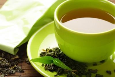 Вчені: люди, які вживають зелений чай живуть довше