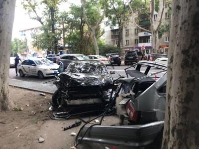 В Одесі сталася масштабна ДТП за участю шести автомобілів, є постраждалий