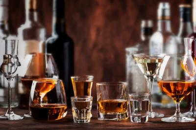 На Буковині люди стали вживати менше алкоголю