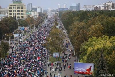 Протести у Білорусі. У Мінську в акціях протесту взяли участь понад 100 тисяч осіб