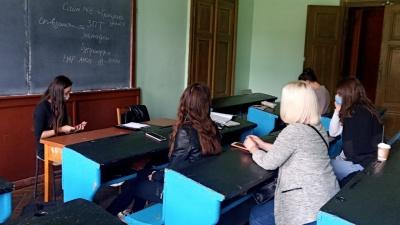 Порожньо і тихо:  У ЧНУ відновили очне навчання, але студентів мало