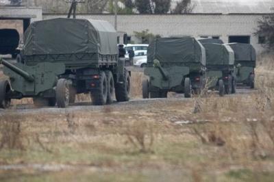 СЦКК: Росія продовжує постачати на Донбас військову техніку та озброєння