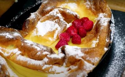 Шалено смачний рецепт голландських млинців: під час випічки буквально «вибухають»