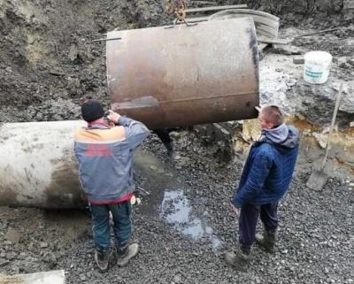Сьогодні води не буде: у Чернівцях десятки багатоповерхівок досі без водопостачання