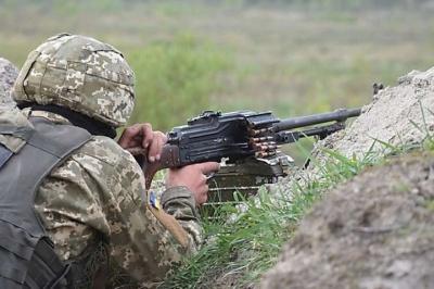 Війна на Донбасі: окупанти обстріляли Водяне