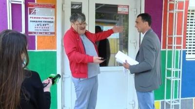 У Чернівцях звільнені працівники МКП, яке очолює «слуга народу», поскаржились на свого директора Зеленському