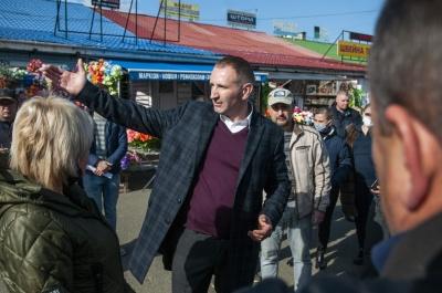 «Ми створимо на Калинівському ринку гідні умови для підприємців та покупців»,– Михайлішин*