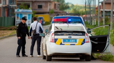 Анекдот дня: про водія і поліцейського