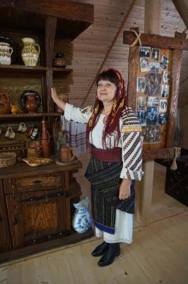 «Здійснила дитячу мрію»: чернівчанка відкрила на горищі свого будинку перший у місті приватний музей