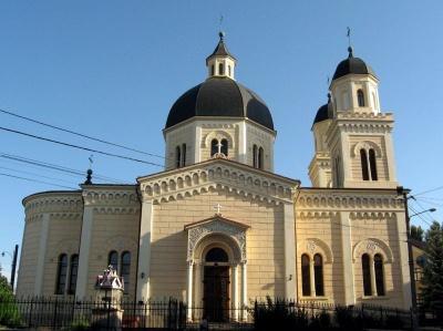 У Чернівцях сьогодні відзначають храмове свято собору Параскеви Сербської