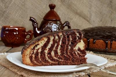 Ніжна випічка на кефірі: як приготувати пиріг, кекс та пиріжки