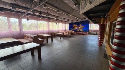 У Чернівцях виставили на продаж популярний колись нічний клуб – фото