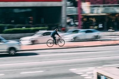 Анекдот дня: випадок на дорозі