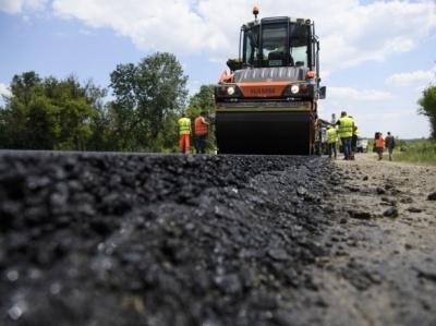 На ремонт доріг Чернівецької області витратили лише половину коштів