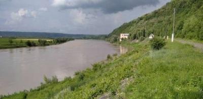 Водозабір у Чернівцях, який пошкодила повінь, ремонтують вже чотири місяці