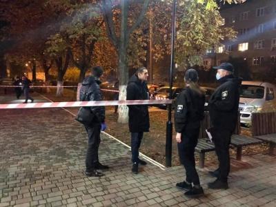 В Івано-Франківську чоловік влаштував стрілянину, три людини в лікарні