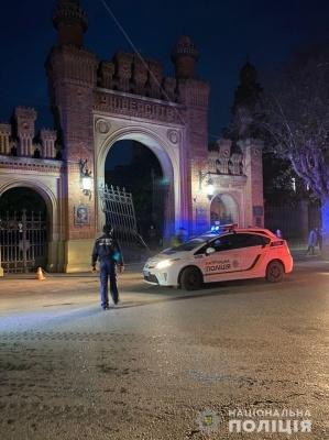 ДТП у Чернівецькому університеті: водію легковика «світить» до трьох років обмеження волі