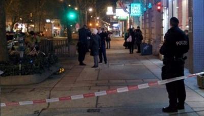 Невідомі влаштували стрілянину у центрі Відня. Є жертви - відео
