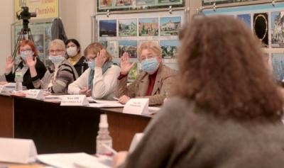 У Чернівцях член виборчої комісії захворів на COVID-19