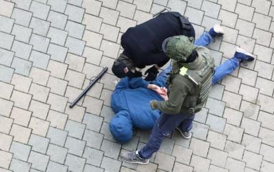 Протести у Білорусі. У Мінську затримують протестувальників - відео