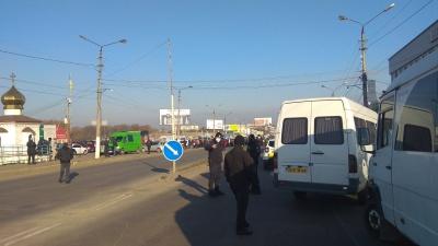 Підприємці розблокували вулицю біля Калинівського ринку