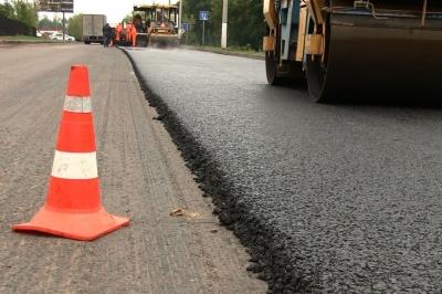 Скільки грошей на ремонт доріг отримає Буковина із COVID-фонду
