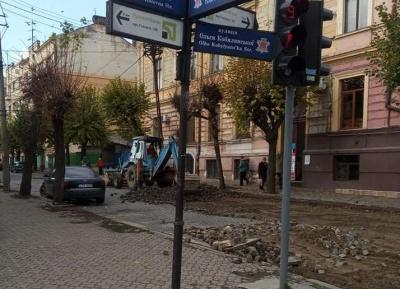 У Чернівцях частину вулиці Шевченка перекрили на ремонт