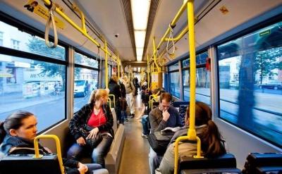 Жорсткий карантин і зупинка транспорту в Україні: лікар зробила прогноз і назвала терміни