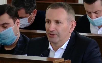 Михайлішин за тиждень до виборів хоче роздати малозабезпеченим по 1000 грн з бюджету Чернівців