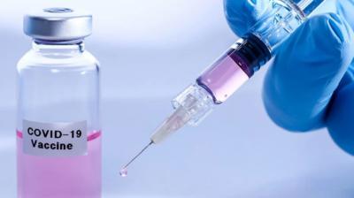 Зеленський про вакцину від коронавірусу: скільки доз привезуть до України та хто першим отримає щеплення