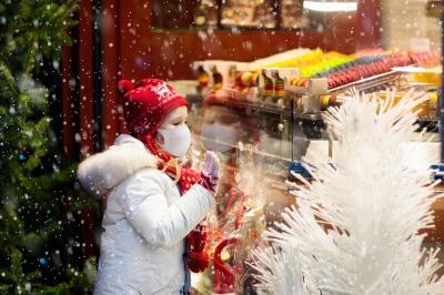 З антитілами до COVID-19 можна не відмовлятись від подорожей на новорічні свята – інфекціоніст