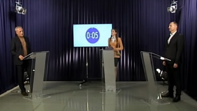 «Вибір між нафталіном і 6G»: про що говорили кандидати в мери Чернівців на дебатах