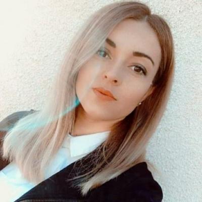 «Вдома чекають двоє синочків»: поліцейській, яка вижила в жахливій ДТП на Буковині, потрібна допомога