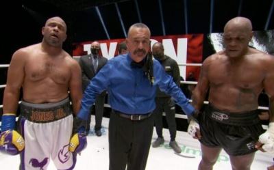 Бій легенд боксу Тайсона і Джонса завершився внічию - відео
