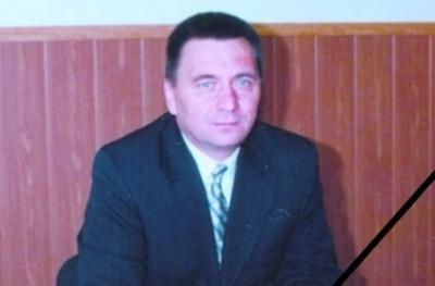 «Нам так вас не вистачатиме»: у Чернівцях пішов з життя директор школи