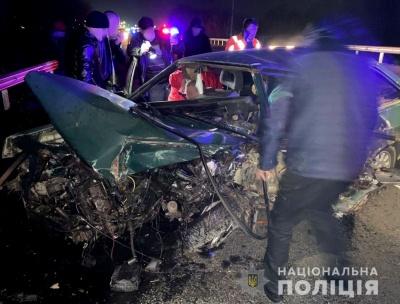Потрійна ДТП на Буковині: один з водіїв помер у реанімації