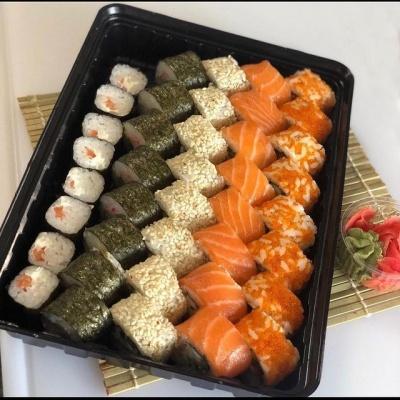 Обережно, дуже смачно! Нещодавно у Чернівцях з'явилася нова доставка суші «Sushi Box»!*