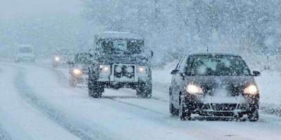 Сніг на Буковині: куди звертатися, якщо застрягли на дорозі