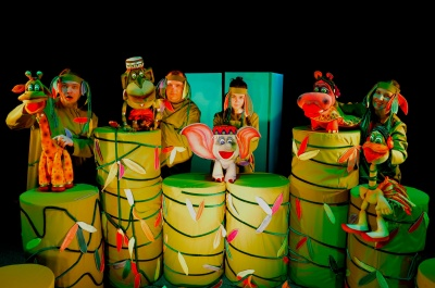 У Чернівцях в театрі ляльок покажуть виставу про цікаве слоненя